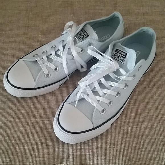 06b411d4742b Converse Shoes - New Sparkle knit Ox polar blue Converse low size 9